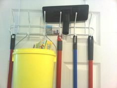 Organizing in a small space from @DownshiftingPRO #closet #cleanhappens #cleaningSupplies #broom #lifeHack