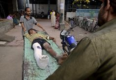 Nepal hit by devastating earthquake   Reuters.com