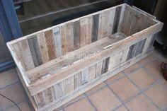 Foto de Macetera-jardinera de madera de palets