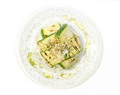 Calabacines rellenos de requesón para #Mycook http://www.mycook.es/receta/calabacines-rellenos-de-requeson/
