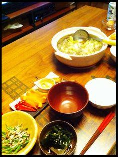 ヘルシーめ - 5件のもぐもぐ - 牛すじこんにゃく白菜煮込み、ワカメ冷奴、いんげんシラス和え、パプリカスティックサラダ by chirarhythm
