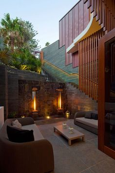 Now that's one cool fireplace feature! (Well technically are there 2 fireplaces? #PinMyDreamBackyard