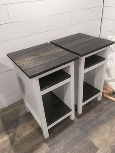 Ana White Bedside End Tables DIY Projects Farmhouse style planked wood Ana White Bedside End Pallet Furniture Stools, Diy Furniture Table, Diy Furniture Plans, Farmhouse Furniture, Woodworking Furniture, Wood Furniture, Furniture Design, Bedroom Furniture, Furniture Stores