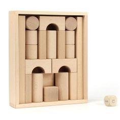 Juguetes de madera, tradicionales y modernos para bebés y niños pequeños en kinuma.com (6) - Kinuma Wooden Rocking Chairs, Trophy Design, Waldorf Toys, Learning Toys, Wooden Blocks, Wood Toys, Carpentry, Diy, Sculpture