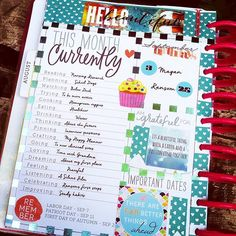 I love these little monthly overview pages in the Happy Planner, but trying to figure out how to incorporate into my Plum Paper Family Planner. Planner Layout, Planner Pages, Printable Planner, Planner Stickers, Planner Ideas, Printables, Journal Layout, Monthly Planner, Journal Ideas