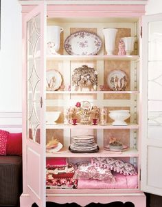 Shabby Chic Pink Paint Styles and Decors to Apply in Your Home – Shabby Chic Home Interiors Shabby Chic Style, Shabby Chic Decor, Pink Cabinets, Cupboards, Curio Cabinets, Cabinet Doors, Muebles Living, Home Decoracion, I Believe In Pink