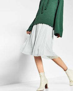 Image 3 de JUPE EN TULLE MI-LONGUE de Zara