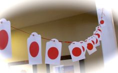 This easy-to-make classroom decoration is a fun way to enjoy a unit on Japan. The students could even write their names on them and perhaps even a fact that they have learned about Japan.
