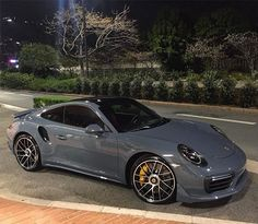 Instagram media by dubmagazine - @fipeux Because you seem to like this spec, here is another photo of this Porsche 991 Turbo S MkII