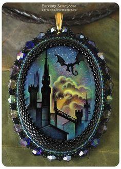 """Купить Кулон с росписью """"Зачарованный замок"""" (дракон, сказка, закат) - кулон с росписью, украшение с росписью"""