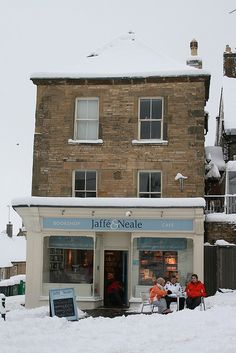 Customers at the Jaffè and Neale Bookshop and Caffè enjoying the snow scene. Too lovely!!