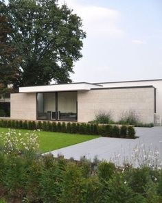 Poolhouse by vlj-architecten - Belgium