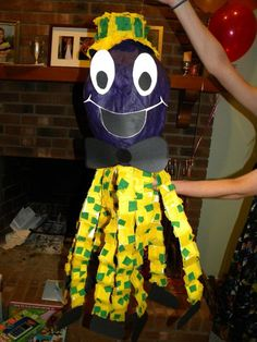 henry the octopus (the wiggles) pinata Wiggles Party, Wiggles Birthday, The Wiggles, 1st Birthdays, 2nd Birthday Parties, Birthday Celebration, Birthday Ideas, Emma Wiggle, Christmas Party Games