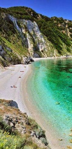 #Sansone_Beach, #Elba_Island, #Tuscany #Italy http://en.directrooms.com/hotels/subregion/2-31-179/