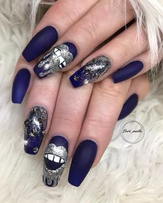 Newest Acrylic Coffin Nails Art Ideas In Fall - Nail Art Connect Silver Glitter, Glitter Nails, Kylie Nails, Mobile Nails, Fall Nail Art, Stylish Girl, Coffin Nails, Nailart, Nail Designs