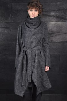 Lost and Found –  – Over Coat,   MODEL: 07.210.448, COLOR: DARK GREY, MATERIAL: WOOL CANAPA,   PRICE: 1155 EURO