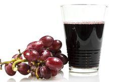 Anti-fringale au raisinLes ingrédients pour 1 verre150 g de chou rouge60 g de raisin rouge sans pépins2 pommes½ c.à c. de graines de lin mouluesLe bonus détox/minceur Boosteur d'énergie, ce mélange original permet d'engranger plein de vitamines, de minéraux et de fibres. Celles qui proviennent des graines de lin aident à stabiliser le taux de glycémie (sucre sanguin) et à freiner les fringales sucrées. Le chou rouge est une bonne source en fer antifatigue. Et le raisin rouge, sucré et…