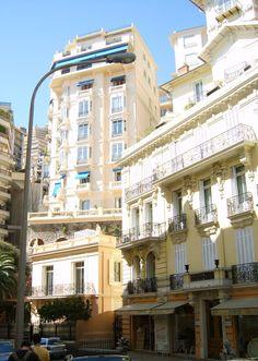 Houses_in_Monaco.jpg (1064×1493)
