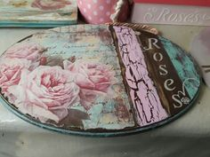 – Keep up with the times. Decoupage Vintage, Decoupage Dresser, Vintage Crafts, Pallet Crafts, Wooden Crafts, Diy And Crafts, Arts And Crafts, Handmade Furniture, Vintage Furniture