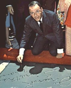 Today in Frank Sinatra appears at Grauman's Chinese Theatre in Hollywood, where he leaves his handprints in the cement outside. Old Hollywood Glamour, Classic Hollywood, In Hollywood, Classic Singers, Classic Movies, Joe Gallo, Franck Sinatra, The Best Revenge, Classy Men