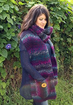 I designed this scarf using Loops & Threads Facets, one of my favorite new yarns! This scarf pattern is perfect for any bulky #5, self striping yarn and despite being oversized, works up really quickly!
