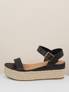 To find out about the Jute Wrapped Flatform Single Band Sandals at SHEIN, part of our latest Wedges ready to shop online today! Sandals Outfit, Women's Shoes Sandals, Wedge Shoes, Heels, Boho Accessories, Workout Accessories, Ankle Strap Wedges, Comfortable Sandals, Womens Shoes Wedges