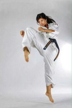 Karate girls Nude Photos 37