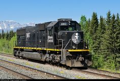 RailPictures.Net Photo: IC 1007 Illinois Central Railroad EMD SD70 at Entrance, Alberta, Canada by Tim Stevens