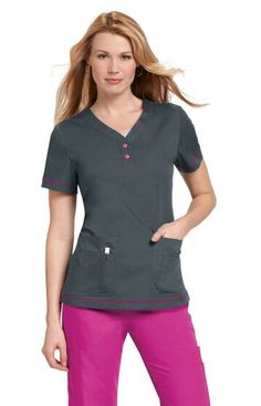 For medical uniform scrub tops that are both professional and unique, visit Uniforms & Scrubs. Our men's and women's tops come in a variety of styles. Healthcare Uniforms, Medical Uniforms, Work Uniforms, Cute Scrubs Uniform, Scrubs Outfit, Scrubs Pattern, Nurse Costume, Florida Fashion, Womens Scrubs