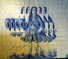 Nos painéis de azulejos da estação do metro de Campo Grande