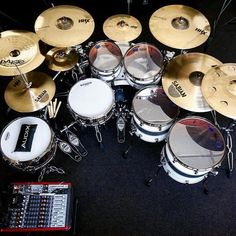 265 Likes, 2 Comments - Drums! Drums Wallpaper, Drums Studio, Pearl Drums, Instruments, Drum Music, Vintage Drums, Drummer Boy, How To Play Drums, Custom Guitars