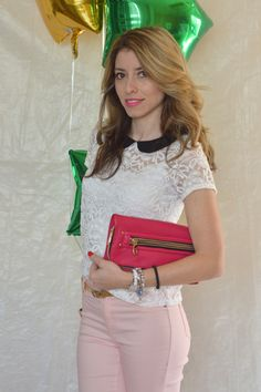 White lace top and black peter pan collar. This is such a fun look, the pastel jeans are making this outfit romantic and fun.