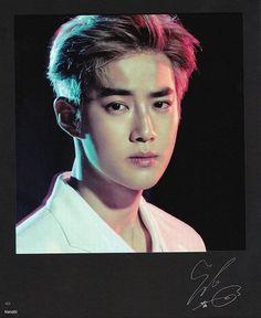 Suho - 160722 Exoplanet - The EXO'rDium in Seoul merchandise - Credit: Hanabi. Exo 12, Exo Album, Hanabi, Kim Junmyeon, Suho Exo, Photo Cards, Photo Galleries, Handsome, Singer