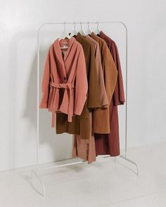 Color Crush : Terra-cotta The Color Kind Clothing Photography, Textiles, Minimalist Fashion, Capsule Wardrobe, Color Inspiration, Autumn Winter Fashion, Kimono Top, Street Style, Shirts