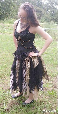 Hand made unique steampunk event or wedding dress. Handmade Wedding Dresses, Black Wedding Dresses, Prom Dresses, Event Dresses, Special Dresses, Unique Dresses, Beautiful Dresses, Steampunk Wedding Dress, Steampunk Dress