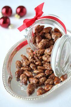 Brente mandler, Krem.no Nut Recipes, Almond, Favorite Recipes, Snacks, Food, Christmas Cakes, Creative, Appetizers, Xmas Cakes
