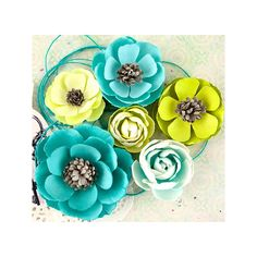 Prima - Royal Menagerie Collection - Louise (Mulberry paper flowers)