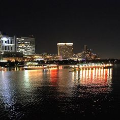 【24nap】さんのInstagramをピンしています。 《#night #view #boat #sea #odaiba #yakatabune #reflection #visão #visãonoturna #reflexão #밤 #야경 #배 #야카타부네 #바다 #오다이바 #반사 #夜景 #お台場 #舟 #屋形船 #海 #反射》
