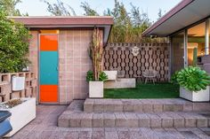 The Max Bubeck Residence by Allyn E. Morris c. 1956. A triumph of Mid-Century Modernism that embodies the best in Los Angeles architecture.