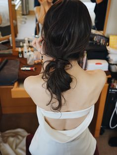 hairstyle gallery in 2020 Wedding Hairstyles With Veil, Short Wedding Hair, Crown Hairstyles, Wedding Hair And Makeup, Bride Hairstyles, Bridal Makeup, Bridal Hair, Hair Makeup, Hear Style