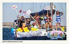 Il 23, 24 e 25 maggio si terrà, nel porto di Cagliari, il Sail Pride! Una veleggiata allegorica all'insegna del divertimento, del benessere, della cultura, della musica e della natura.  L'ultimo week end di maggio vai al mare non con il solito costume: partecipa al Sail Pride!  #EventiSardegna