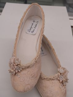 Champagne Wedding Flats Shoes Champagne Lace Vintage-Modern inspired. $128.00, via Etsy.<-- these are so pretty!
