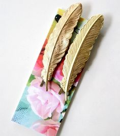Golden Feather Bobby Pin Set by NestPrettyThingsShop on Etsy