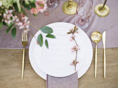 gold and mauve wedding inspiration utah wedding flowers calie rose, mauve table runner