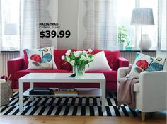 Oronovelo: Red Couch Living Room Inspiration