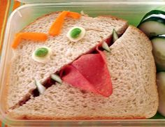 Creative fun to eat Sandwich. Lunch Ideas - Party Planning - Party Ideas - Cute Food - Holiday Ideas -Tablescapes - Special Occasions And Events. Cute Food, Good Food, Yummy Food, Toddler Meals, Kids Meals, Toddler Food, Edible Food, Edible Art, Food Humor