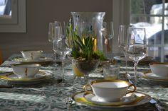 Dinner time Family Life, Table Settings, Dinner, Tableware, Home, Dining, Dinnerware, Food Dinners, Tablewares
