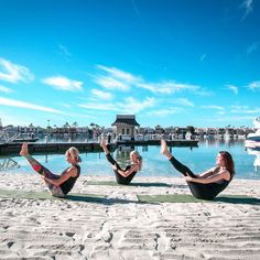 When's the last time you had your morning yoga class on a private beach?  #wellness #yoga #fitness #workout #balance #core #gym #goodmorning #newportbeach #newport #lifestyleyachts #yachts #yachting #theyachtlife #yachtlife #boat #boats #boating #travel #luxury #luxuryLife #beach #ocean #sea #sun #love #luxurylifestyle #balboabayclub by balboabayclub