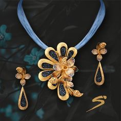 Redefine your style statement with bright hues and pretty floret. Buy it now! Antique Jewellery Designs, Gold Earrings Designs, Gold Jewellery Design, Necklace Designs, Real Gold Jewelry, Gold Jewelry Simple, Trendy Jewelry, Fashion Jewelry, Fashion Earrings