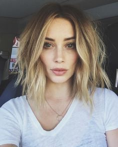 "Instagram'da Arielle Vandenberg: ""Yo @riawnacapri ya crushed the cut!! Thanks you sweetie pie of life!"""